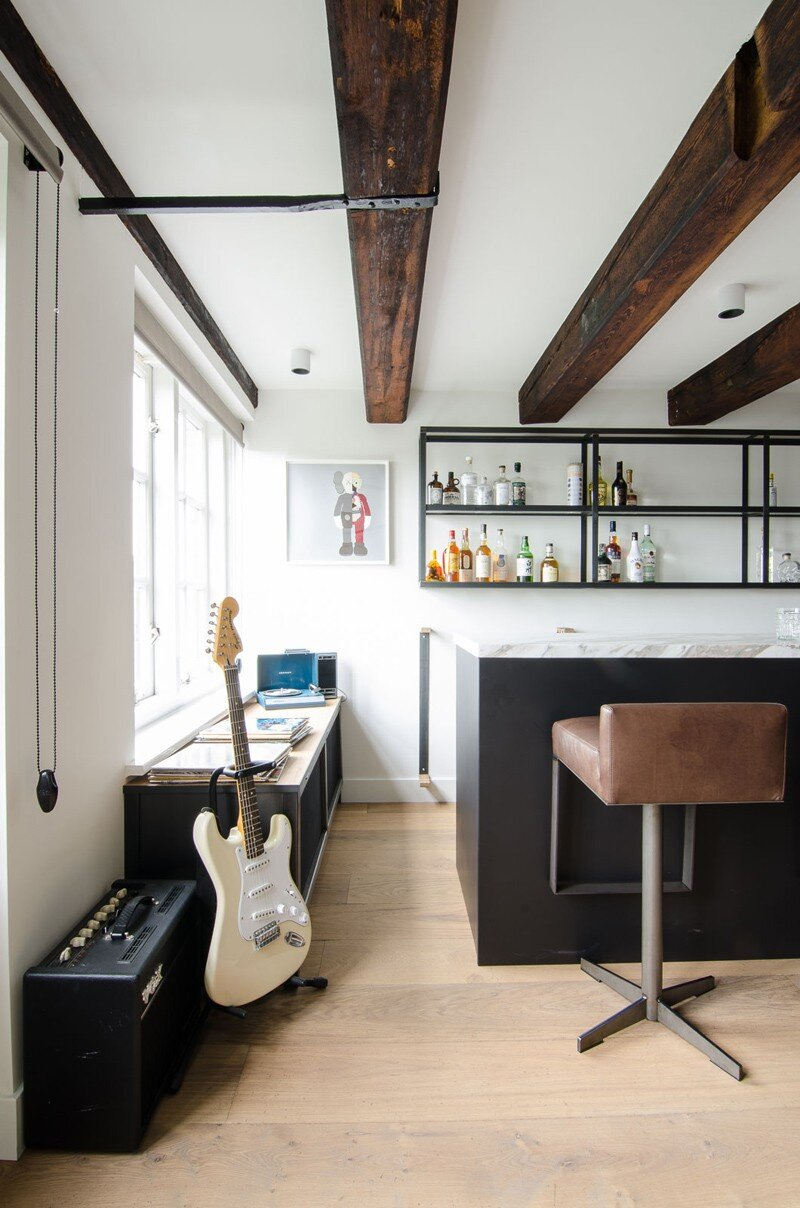 Full Renovation of an Extraordinary Loft for a Young Stock Broker 6