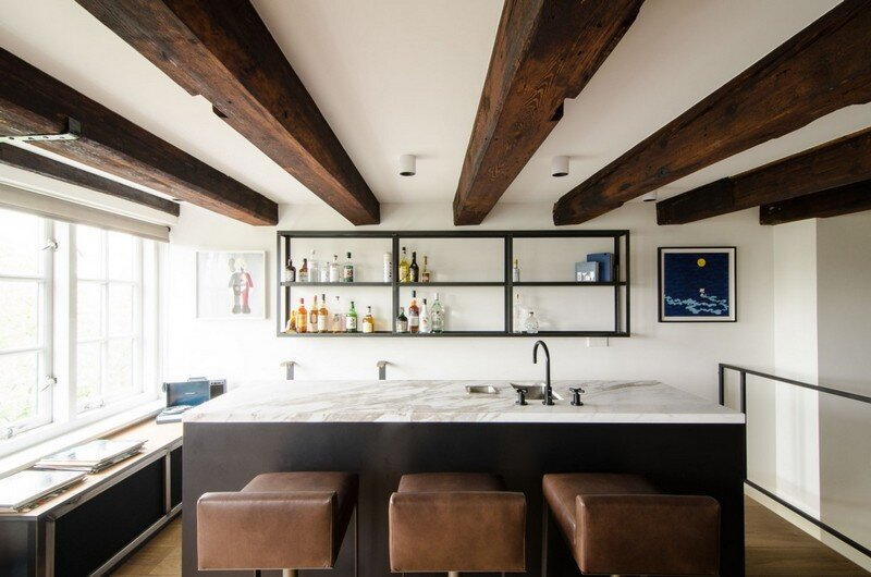 Full Renovation of an Extraordinary Loft for a Young Stock Broker 4