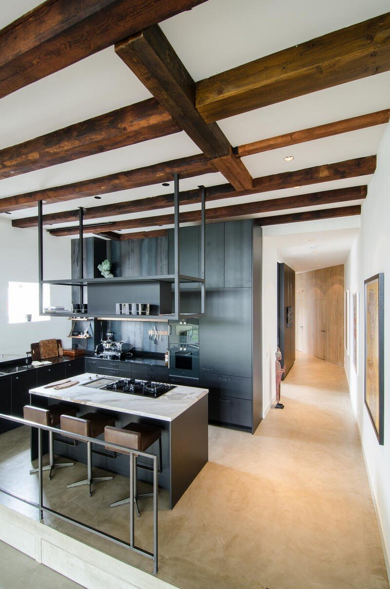 Full Renovation of an Extraordinary Loft for a Young Stock Broker 2