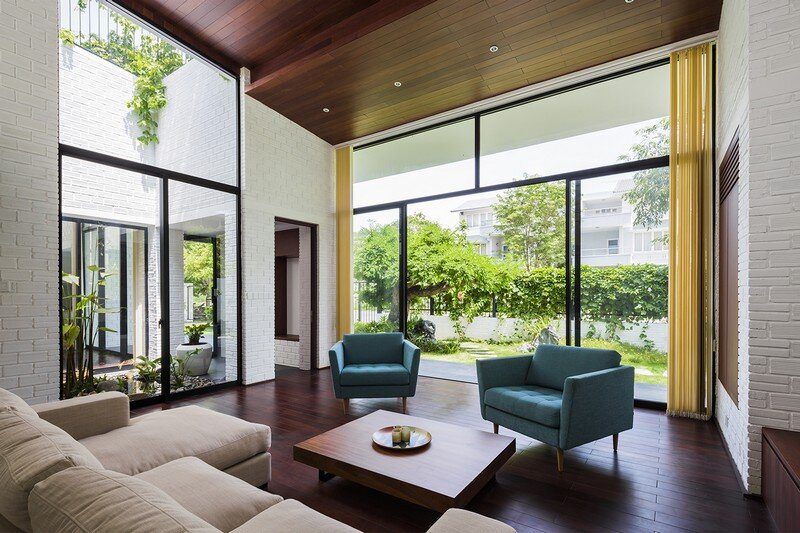 Rooftop Garden House with Cozy Interiors / Hoan House by VTN Architects 6