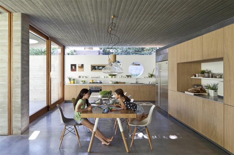Kedem House in Ramat HaSharon- A House of an Architect (24)