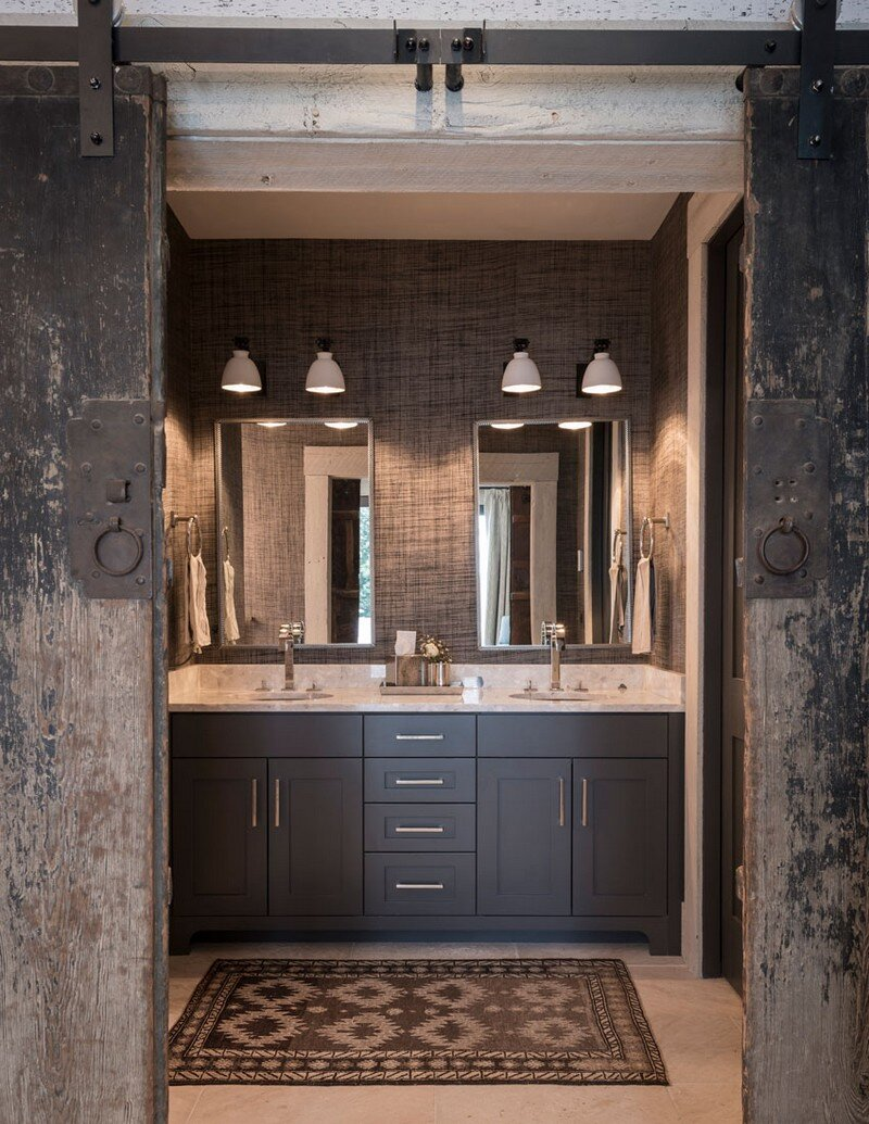 Rustic Mountain House with Zen Interiors Cashmere Interior 8