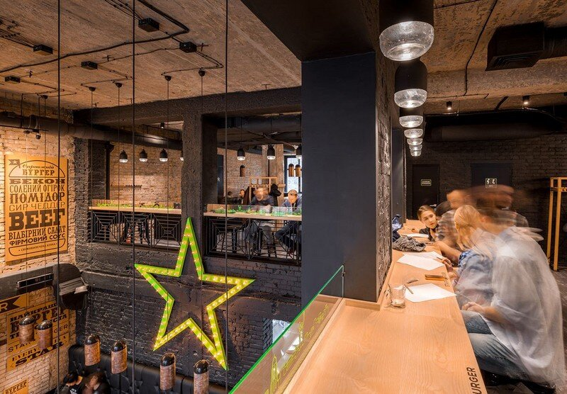 Star Burger - Classic American Bar Atmosphere in the Center of Kyiv 13