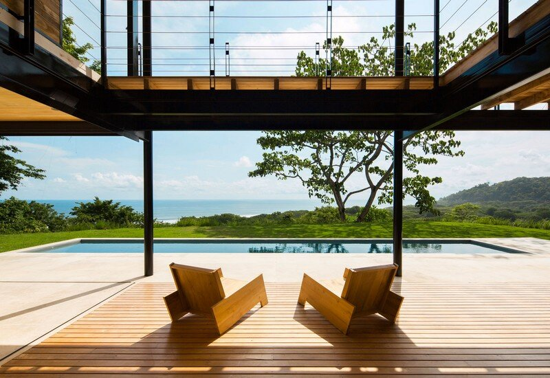 Sustainable Terrace House Almost Completely Open To The Outside (5)
