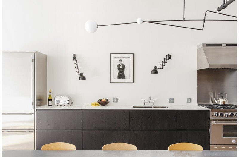 Two-Bedroom Home for a Family of Three / Bond Street Loft 1