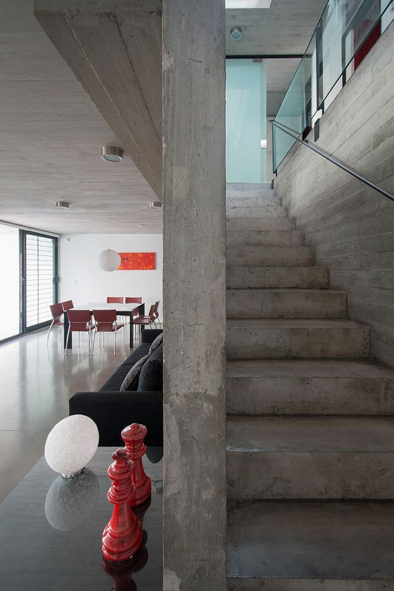 Two Houses Conesa in Buenos Aires / Besonias Almeida 3