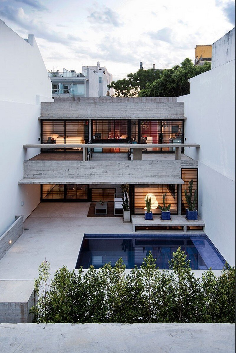 Two Houses Conesa in Buenos Aires / Besonias Almeida 1