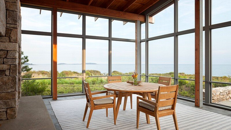Oceanfront Retreat 8