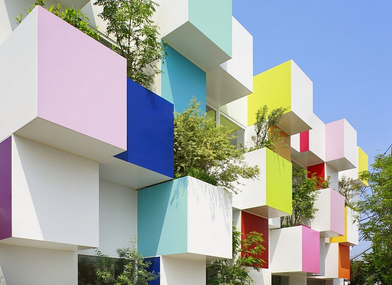 Sugamo Shinkin Bank, Nakaaoki Branch 4