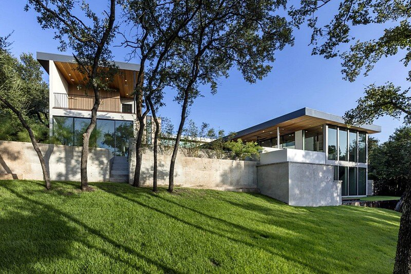 Bracketed Space House 14