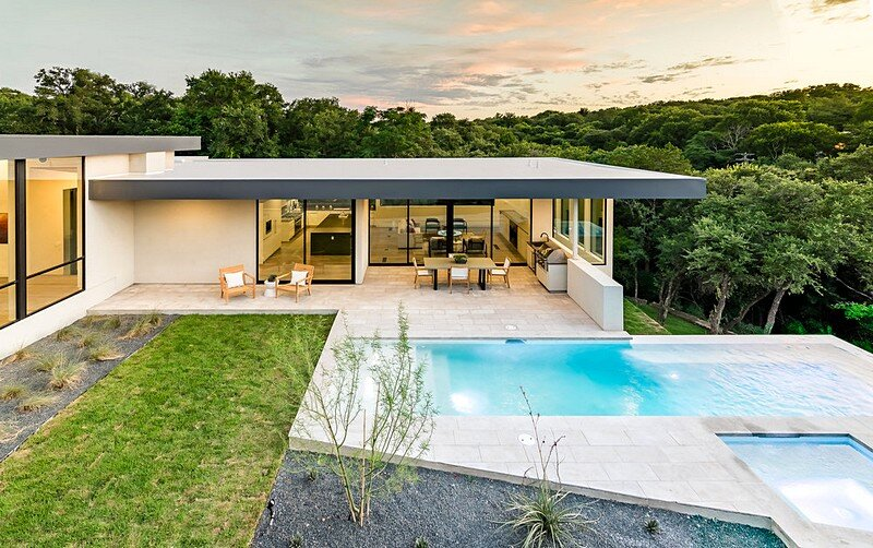 Bracketed Space House 4