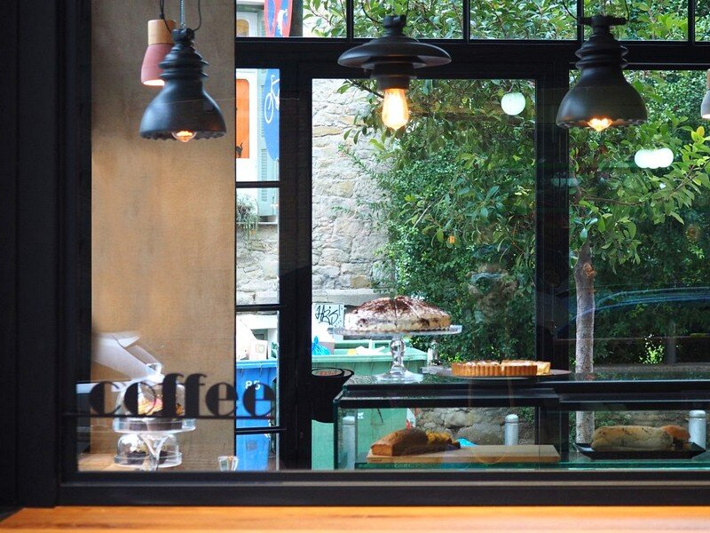 Cups Nine Cafe / Normless Architecture Studio 9