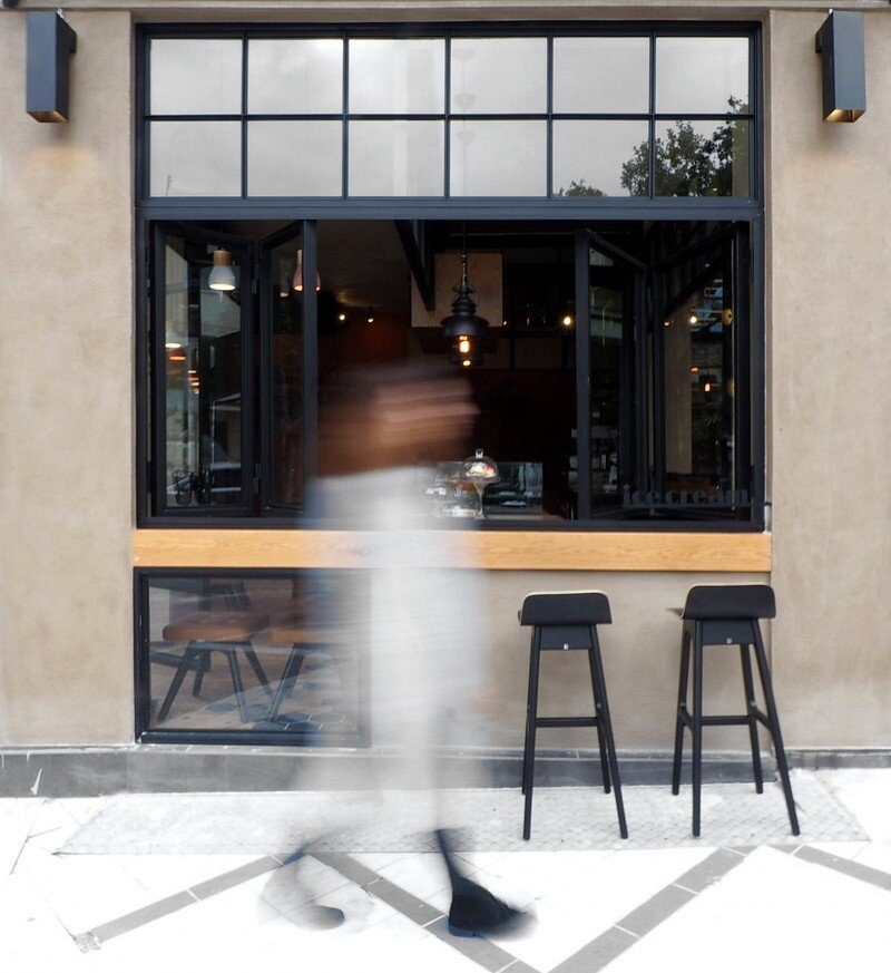 Cups Nine Cafe / Normless Architecture Studio 11