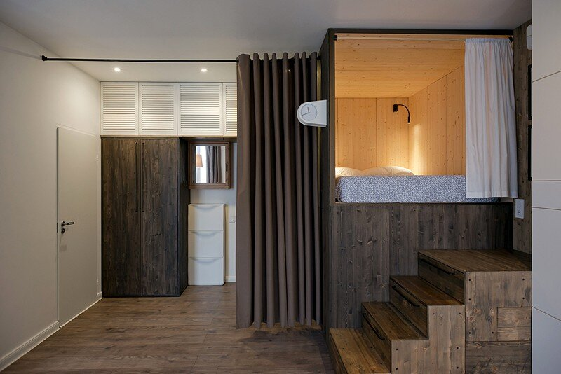 Small Flat for a Young Couple 9