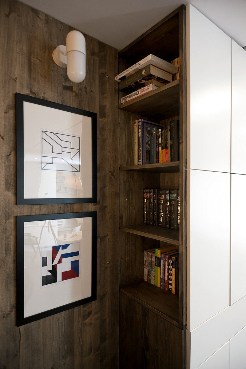 Small Flat for a Young Couple 8