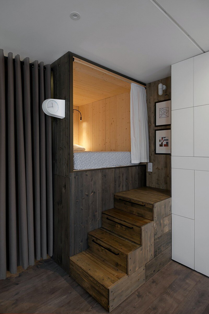 Small Flat for a Young Couple 4