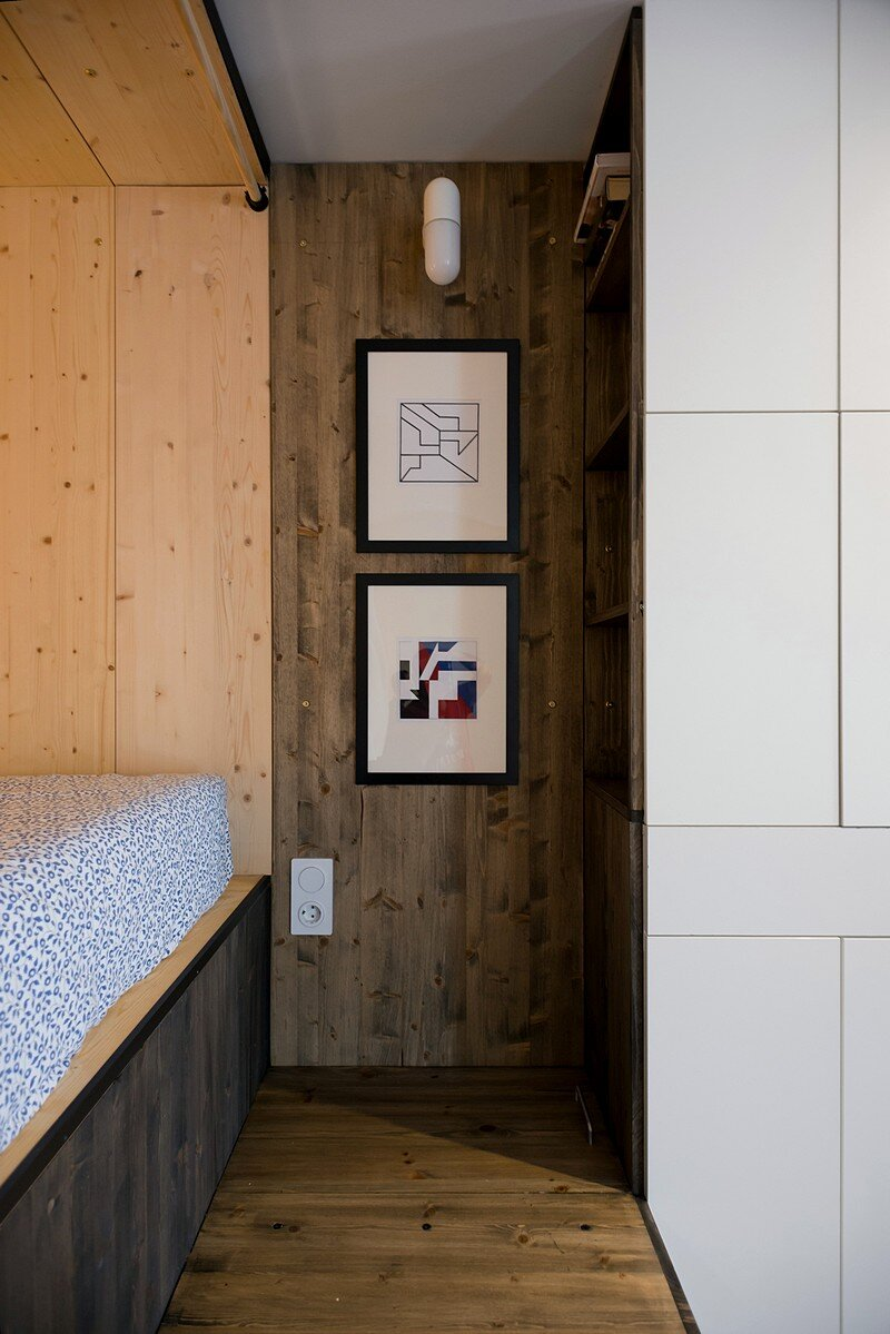 Small Flat for a Young Couple 7