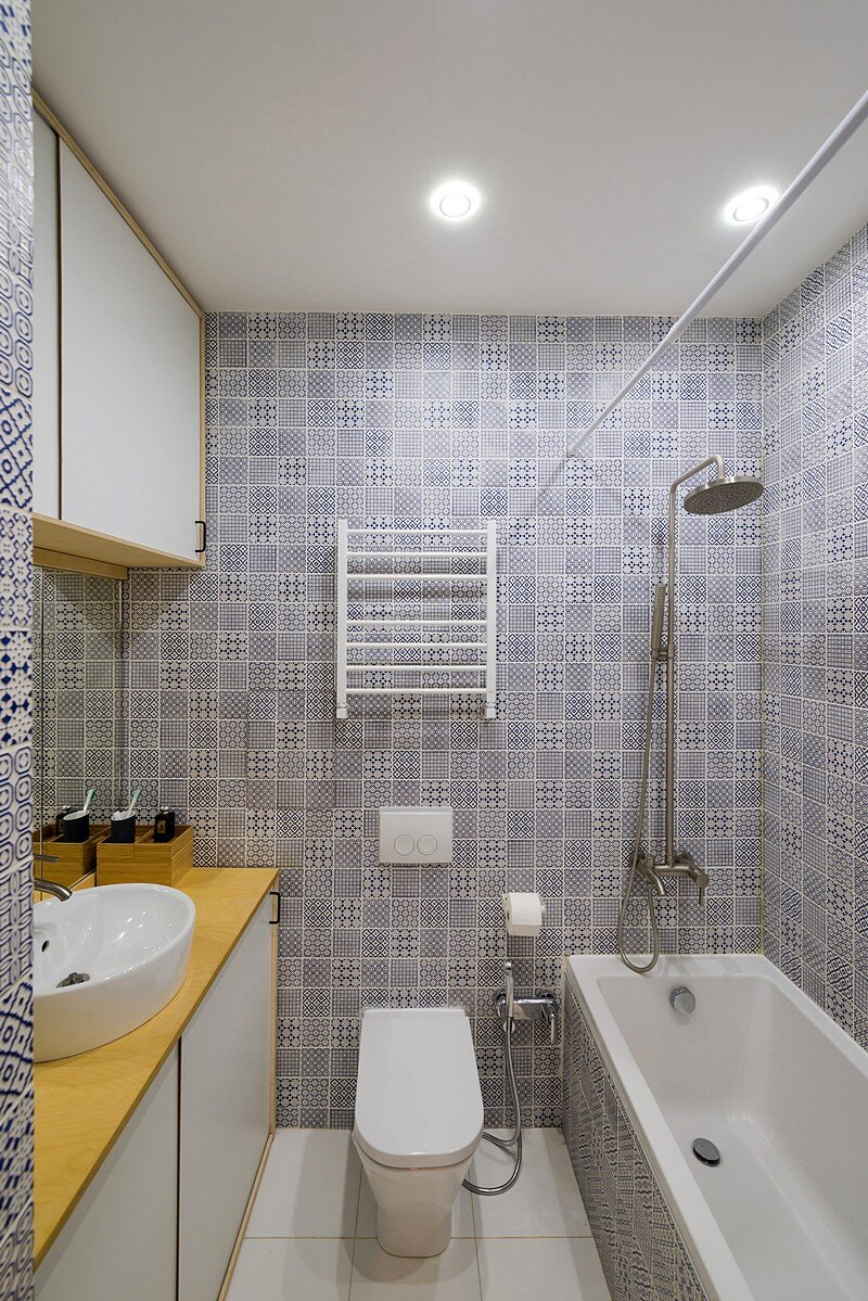 Small Flat for a Young Couple 16