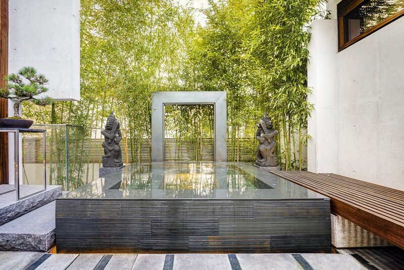 Floating House / Arno Matis Architecture 14