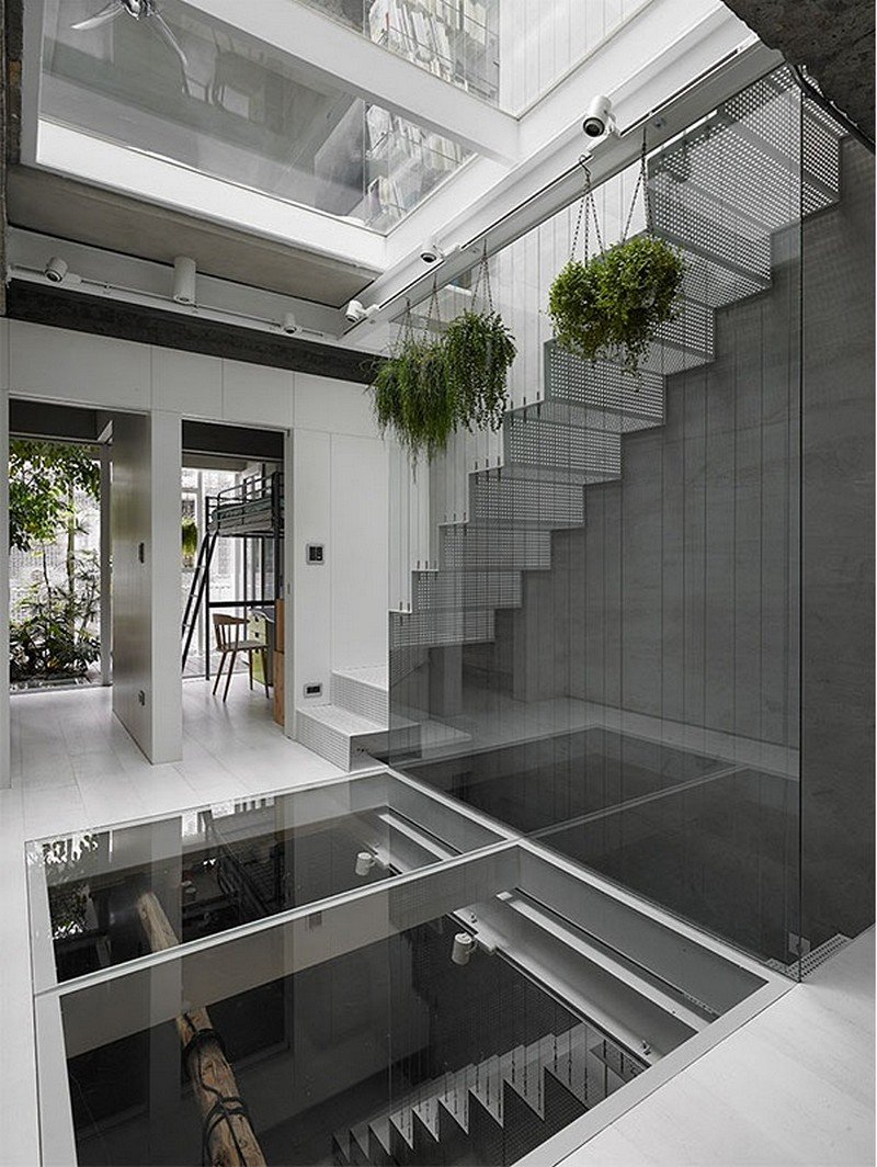 Old Three-Story Townhouse Renovated in Taipei 10