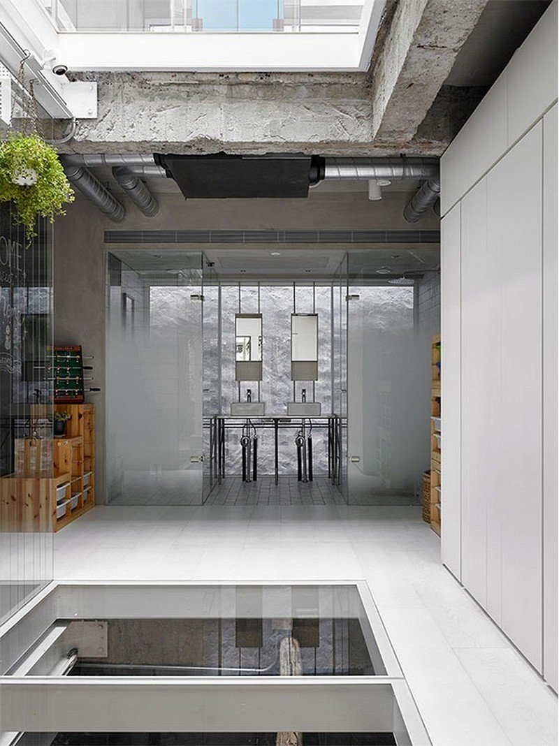 Old Three-Story Townhouse Renovated in Taipei 16