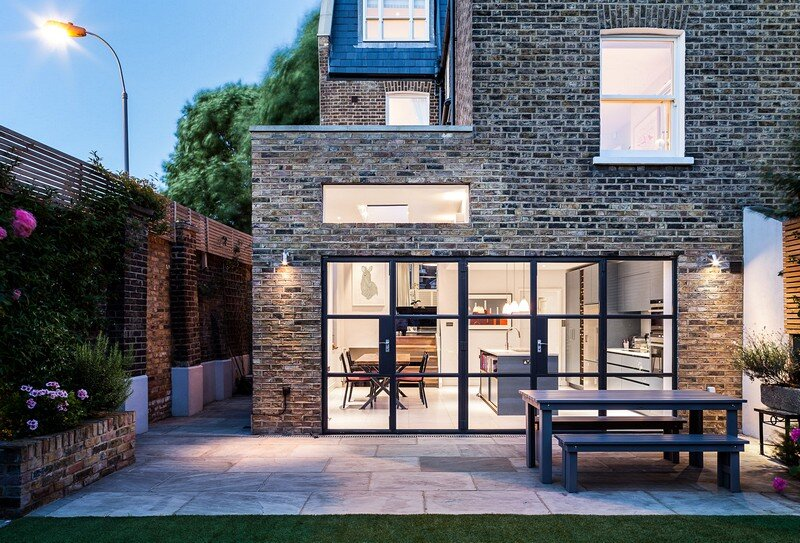 Slot House in London 14