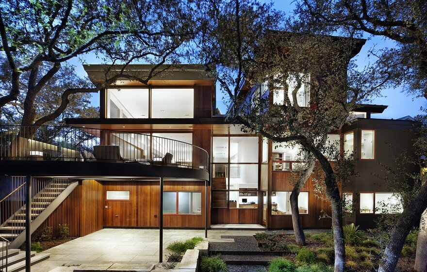 Tree Residence by Miro Rivera Architects