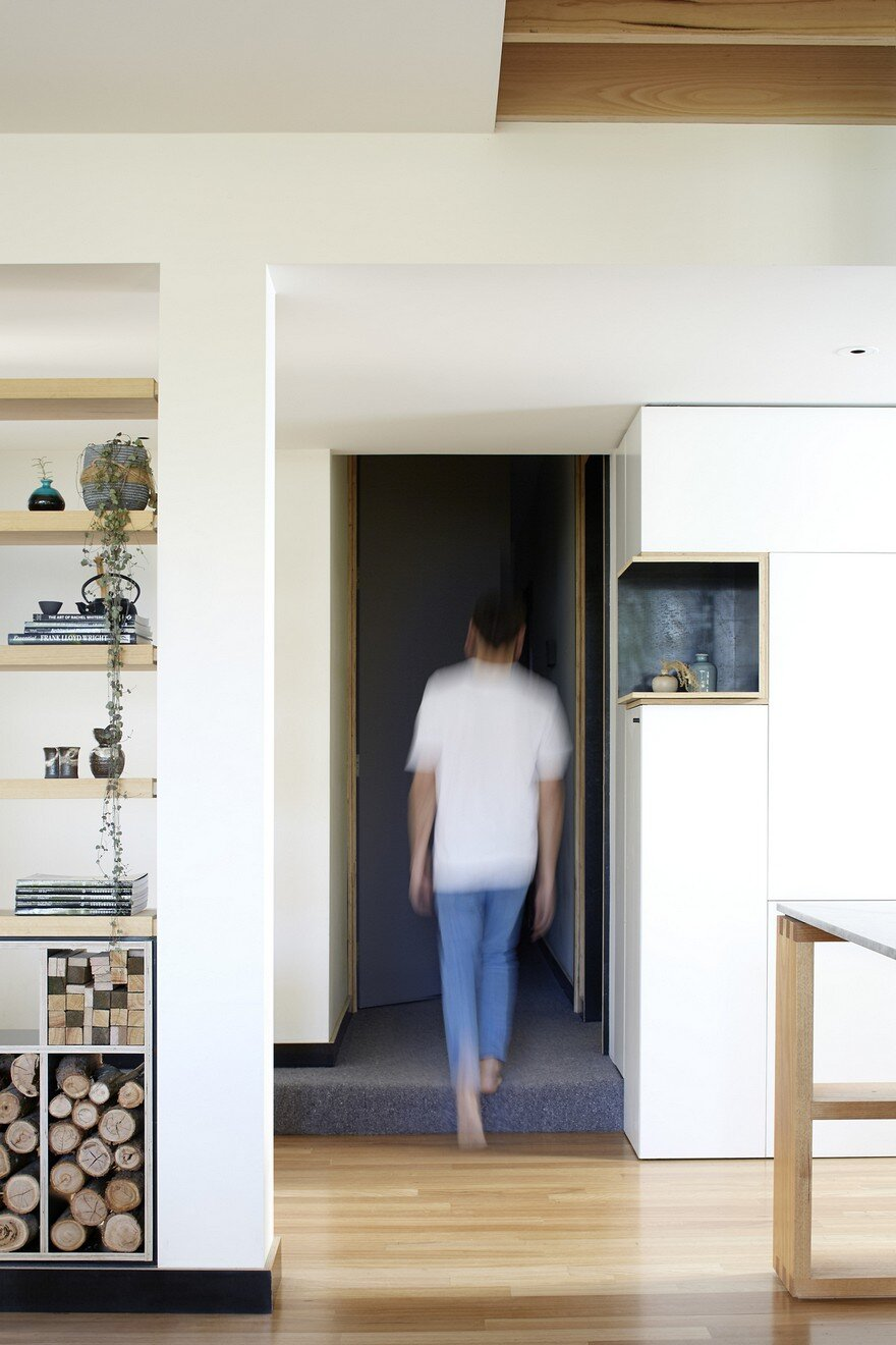 Wooden Box House by Moloney Architects 6