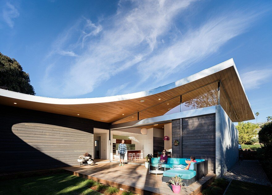 California Coastal Home with an Original and Bold Curvilinear Roof 2