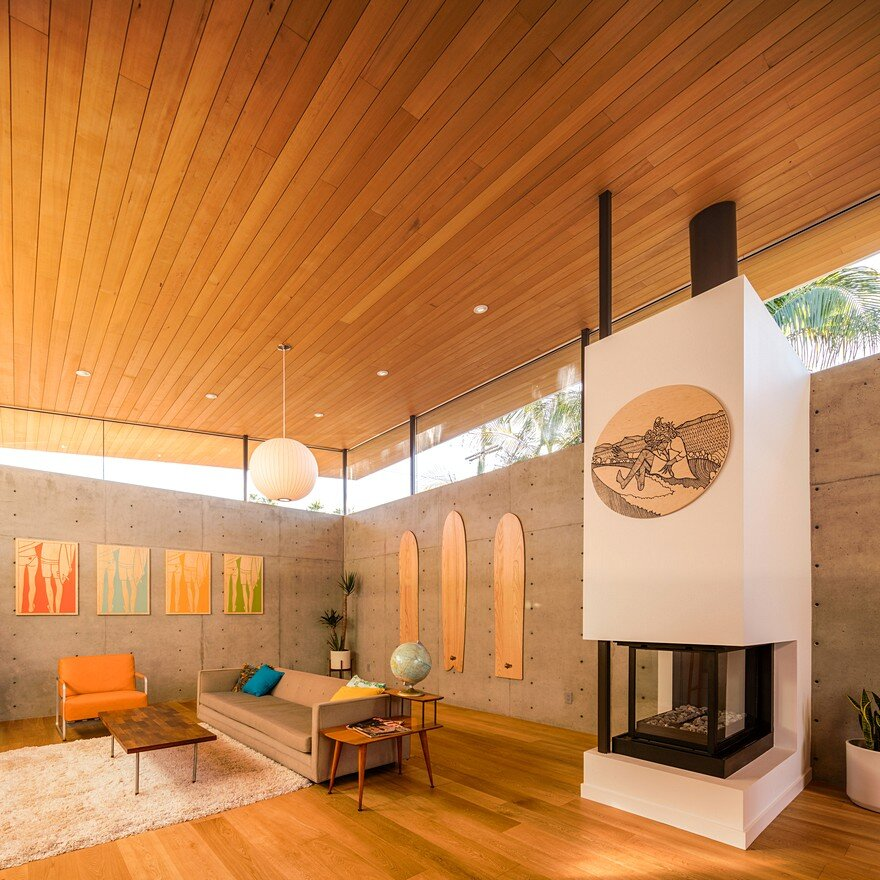California Coastal Home with an Original and Bold Curvilinear Roof 9