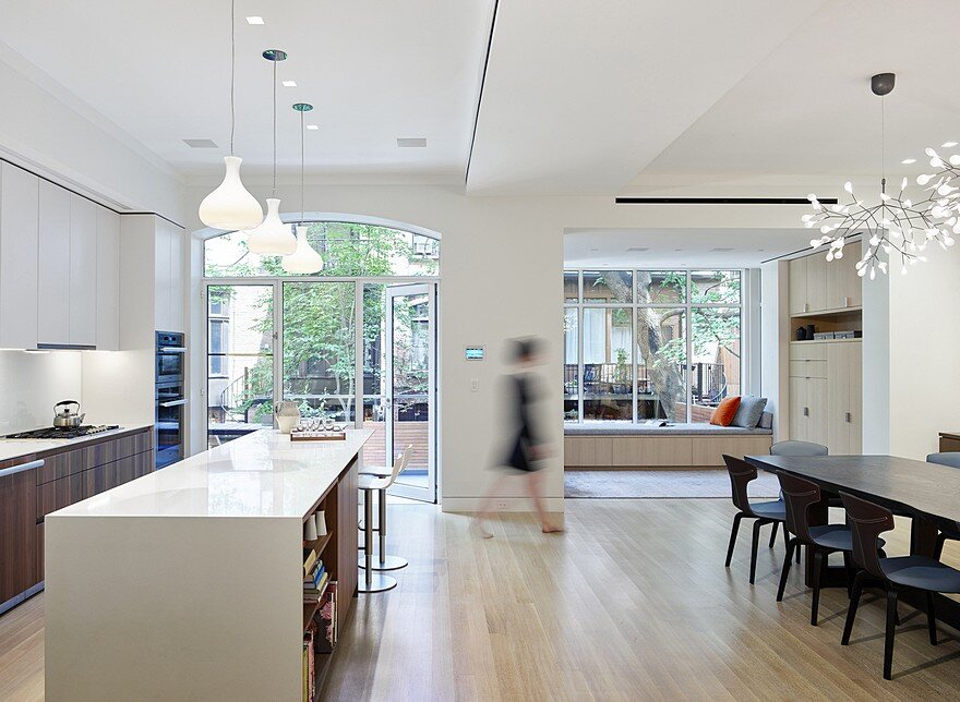 Brooklyn Townhouse by Murphy Burnham Buttrick Architects 2