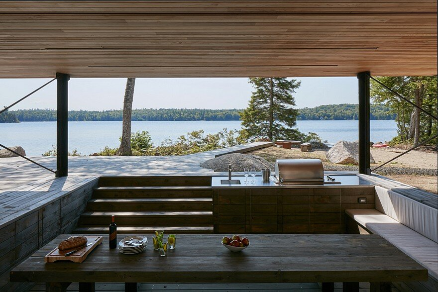 Mirror Point Cottage by MacKay-Lyons Sweetapple Architects 11