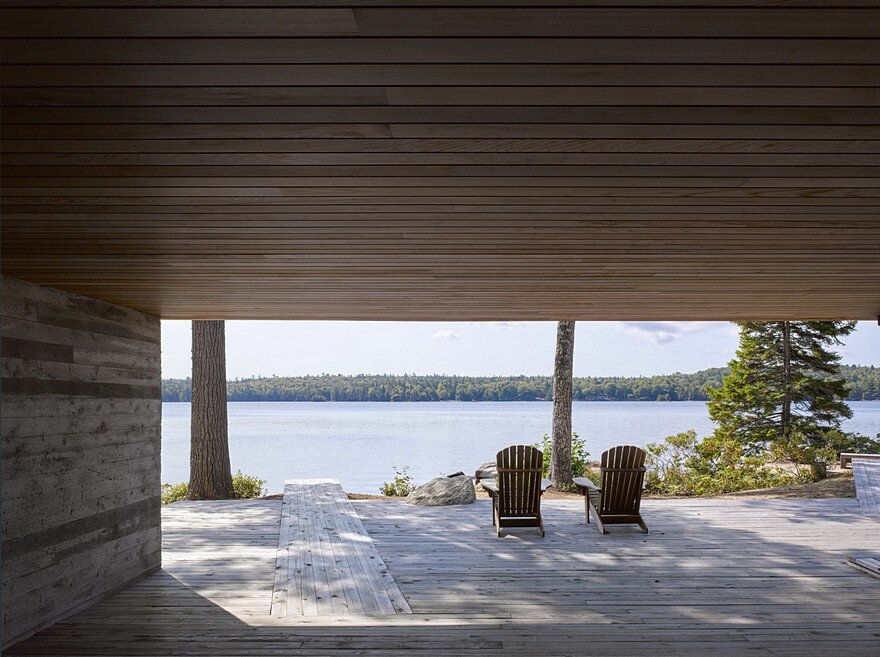 Mirror Point Cottage by MacKay-Lyons Sweetapple Architects 10