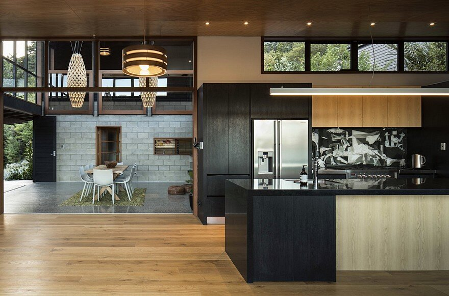 Ware Koa House by Strachan Group Architects 3