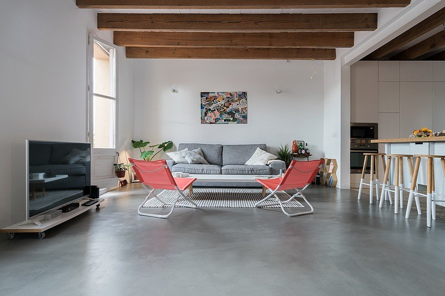 75 sqm Apartment Rehabilitation in a Old Building in Barcelona 1