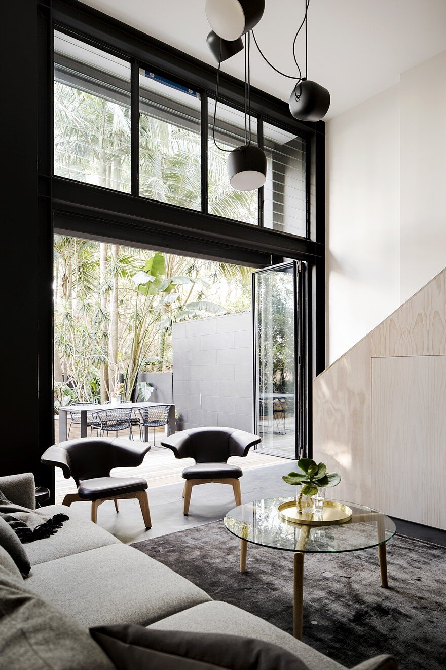 Elysium House Combines Original Heritage with Contemporary Detailing 1
