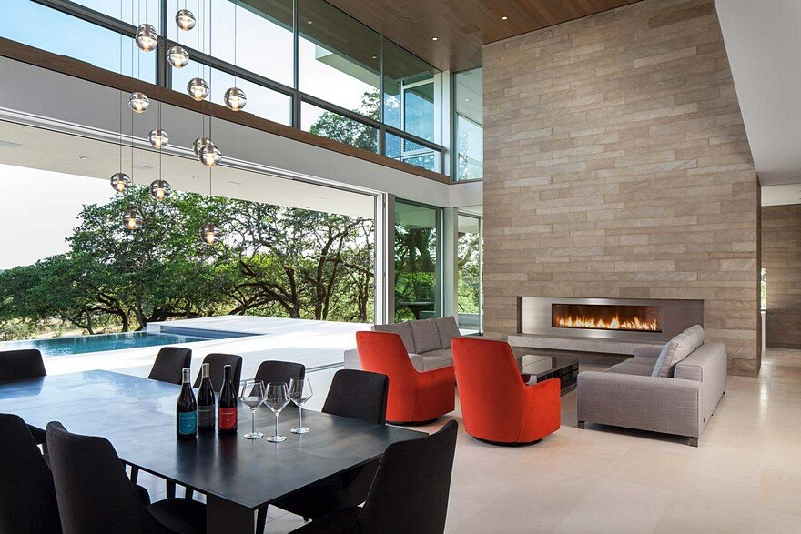 This Vineyard House Provide Casual Indoor-Outdoor Living Spaces 7