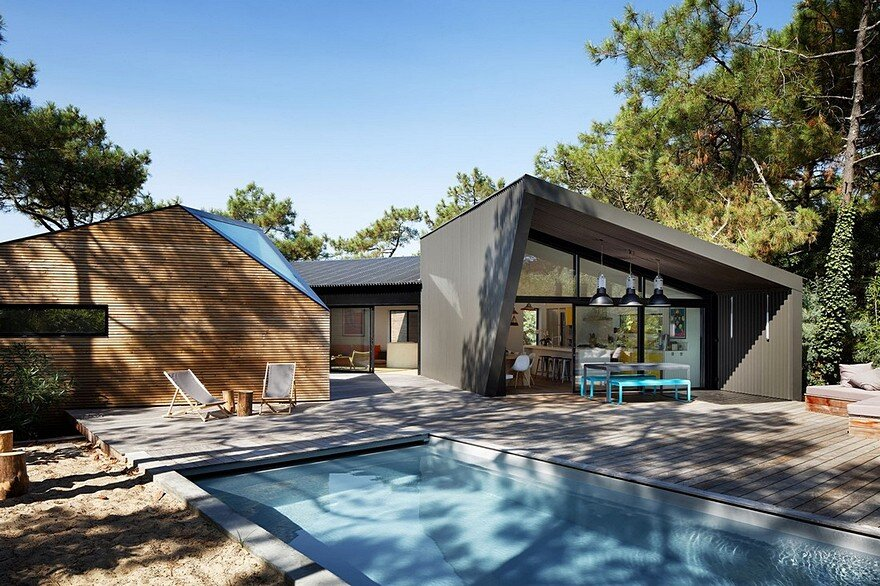 Modern Holiday House Inspired by Forest Cabins 1