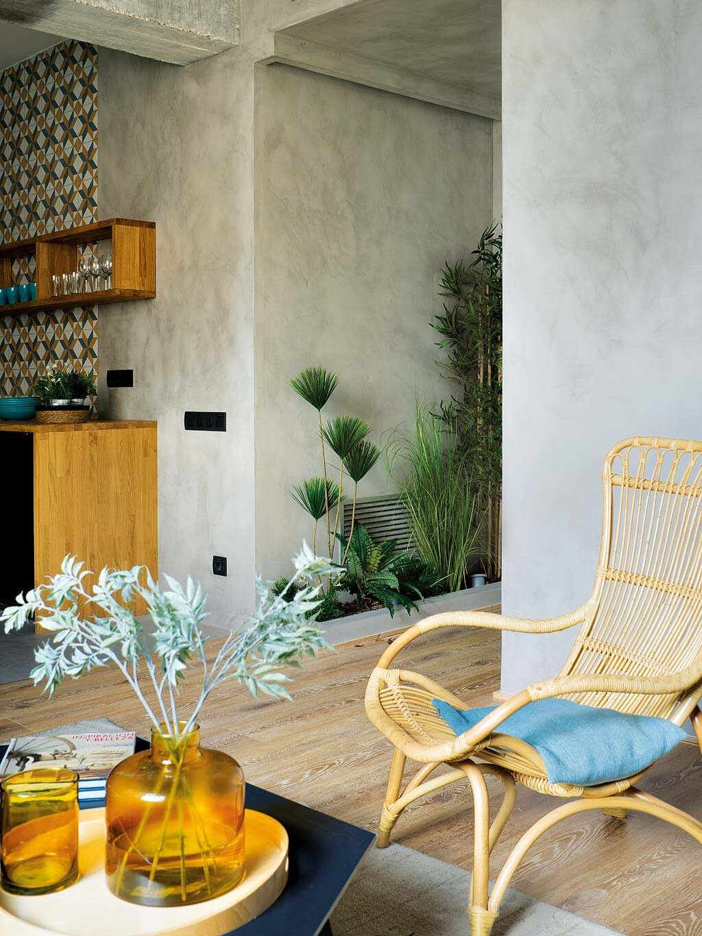 Inspiring Spanish Apartment with Raw Industrial Details 2