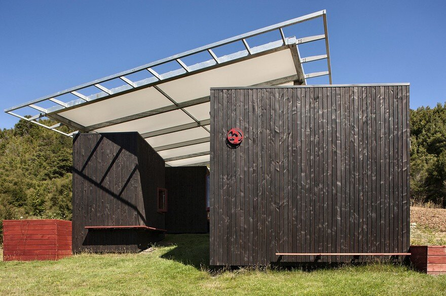 Ecosanctuary Welcome Shelter: Floating Roof Over the Wooden Boxes 12
