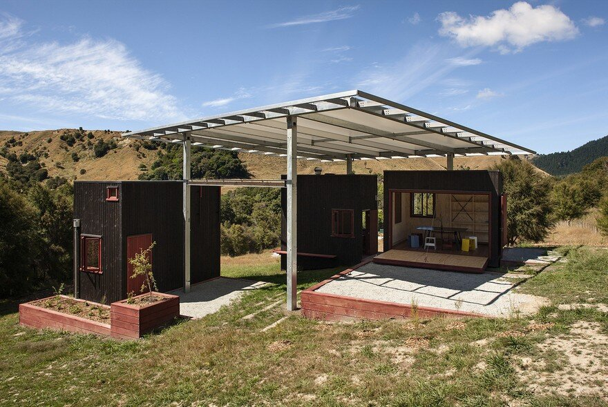 Ecosanctuary Welcome Shelter: Floating Roof Over the Wooden Boxes 2