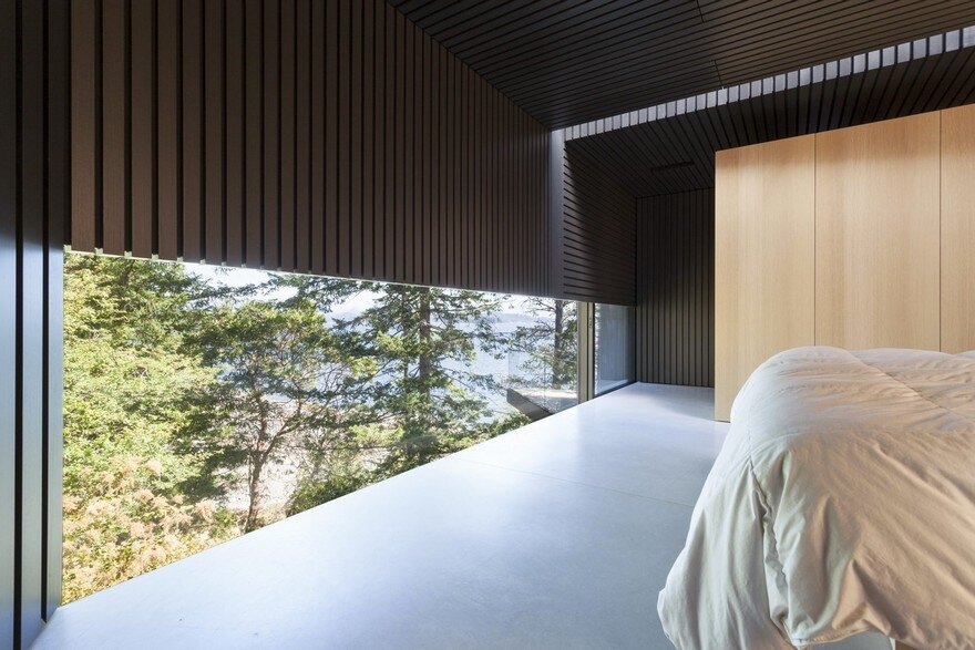 Tula House is Perched 44 Feet Above the Pacific Ocean on a Remote Island 14