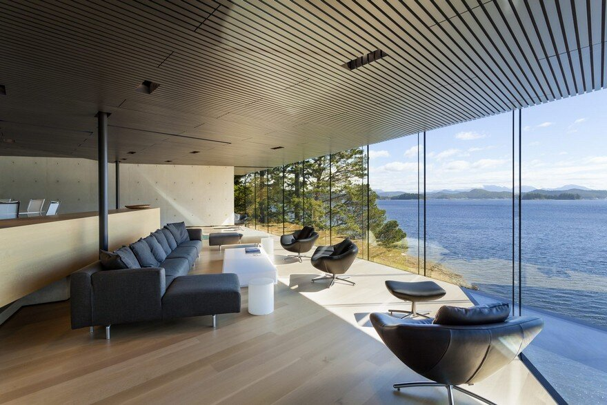 Tula House is Perched 44 Feet Above the Pacific Ocean on a Remote Island 7