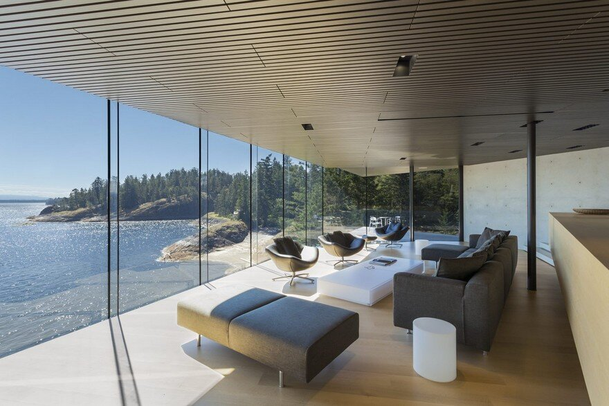 Tula House is Perched 44 Feet Above the Pacific Ocean on a Remote Island 8