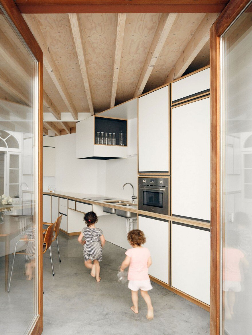 i.s.m.architecten Have Transformed a Row House into a Light-Filled Family Home 5