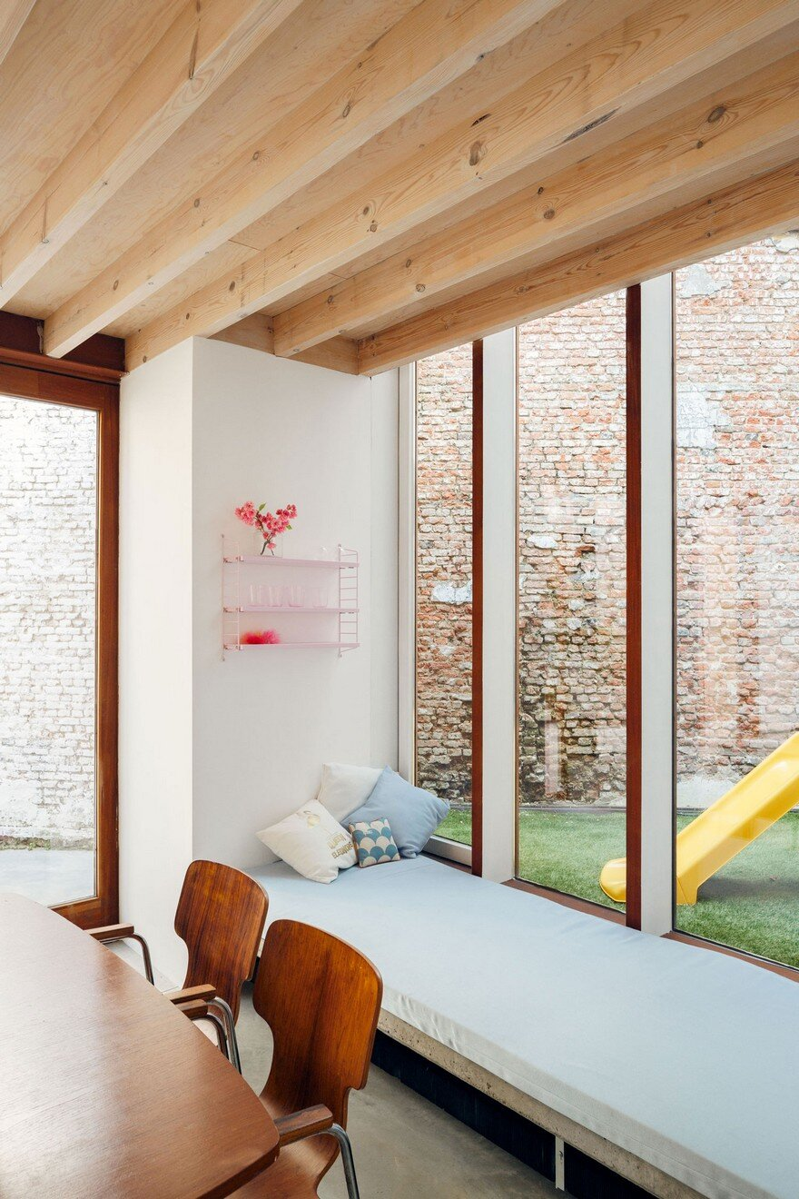i.s.m.architecten Have Transformed a Row House into a Light-Filled Family Home 6