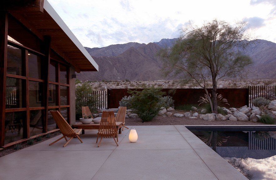 1954 Custom-Built Home Renovated by Hundred Mile House in Palm Springs, California 19