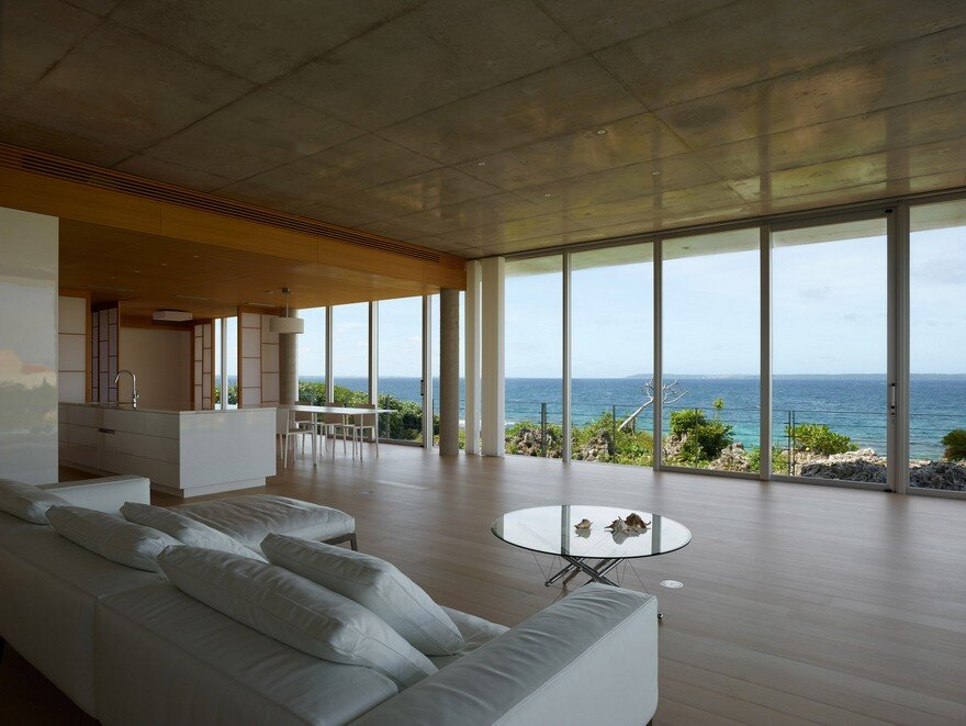 This House Provides a Meditative Retreat with Expansive Views of the East China Sea 2