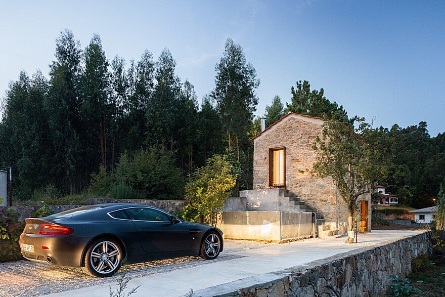 Portuguese Traditional House Adapted by Paulo Martins for Weekend Getaways 14