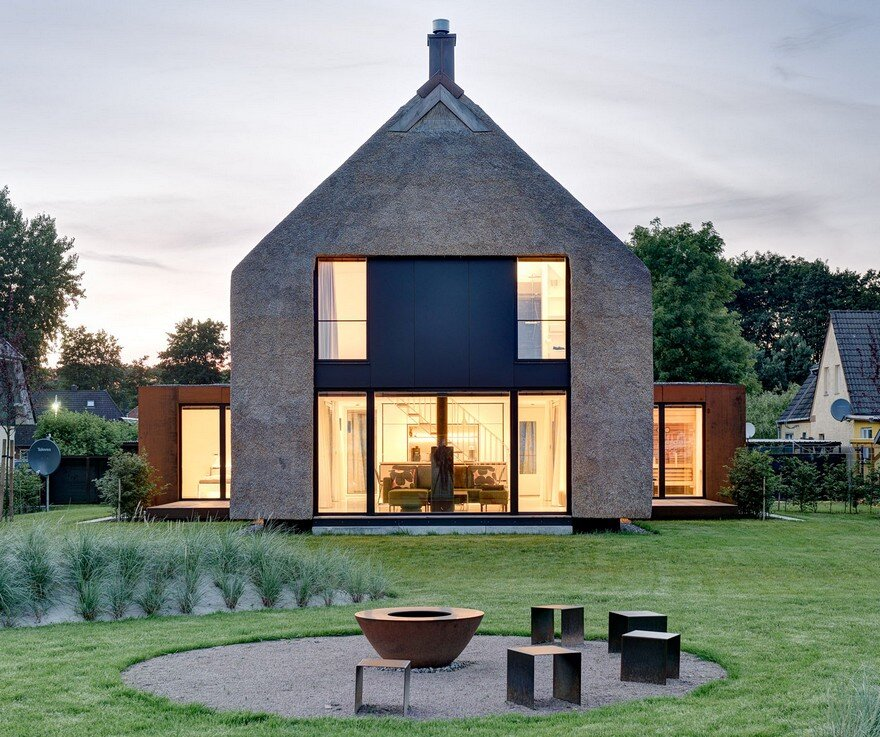 Thatched Roofs is a Sustainable Eco Friendly Building Solution Seestück Prerow House